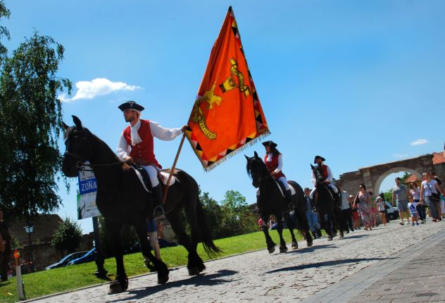Changing the guards, in Alba Iulia