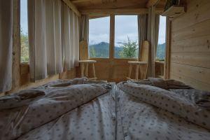 Nice & cosy atmosphere an Bunea cabin