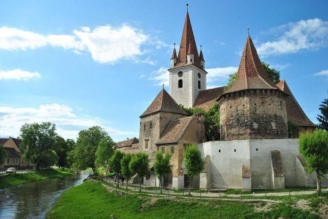 Rasnov citadel tour