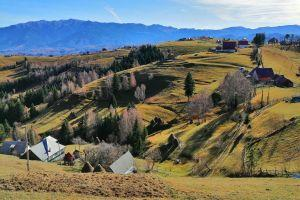 Picturesque Romanian Villages: Pestera and Magura